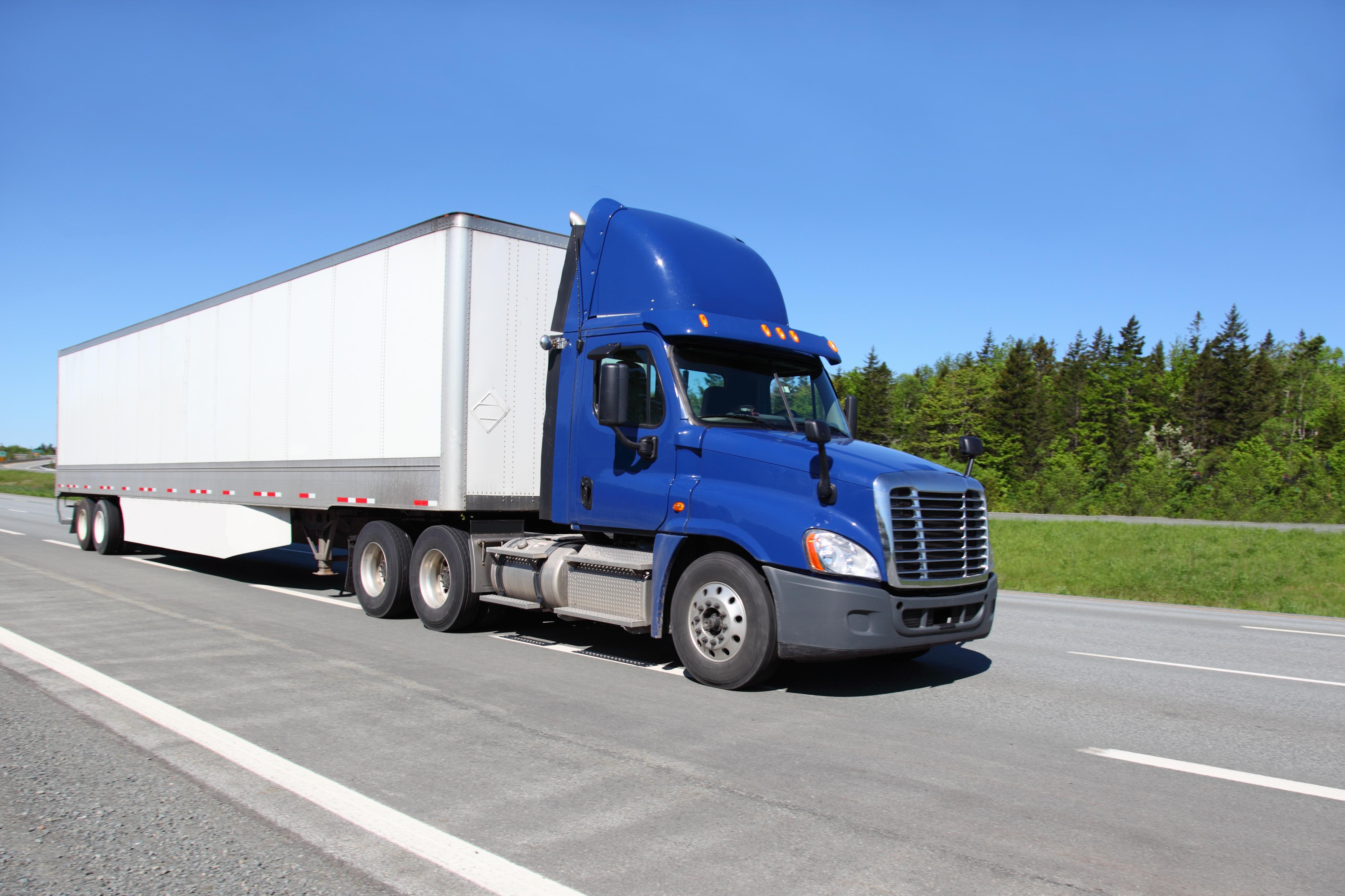 Transporte de carga camion completo entre Canada Estados Unidos y Mexico
